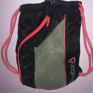 Reebok Athletic Bag (SALE🔥)